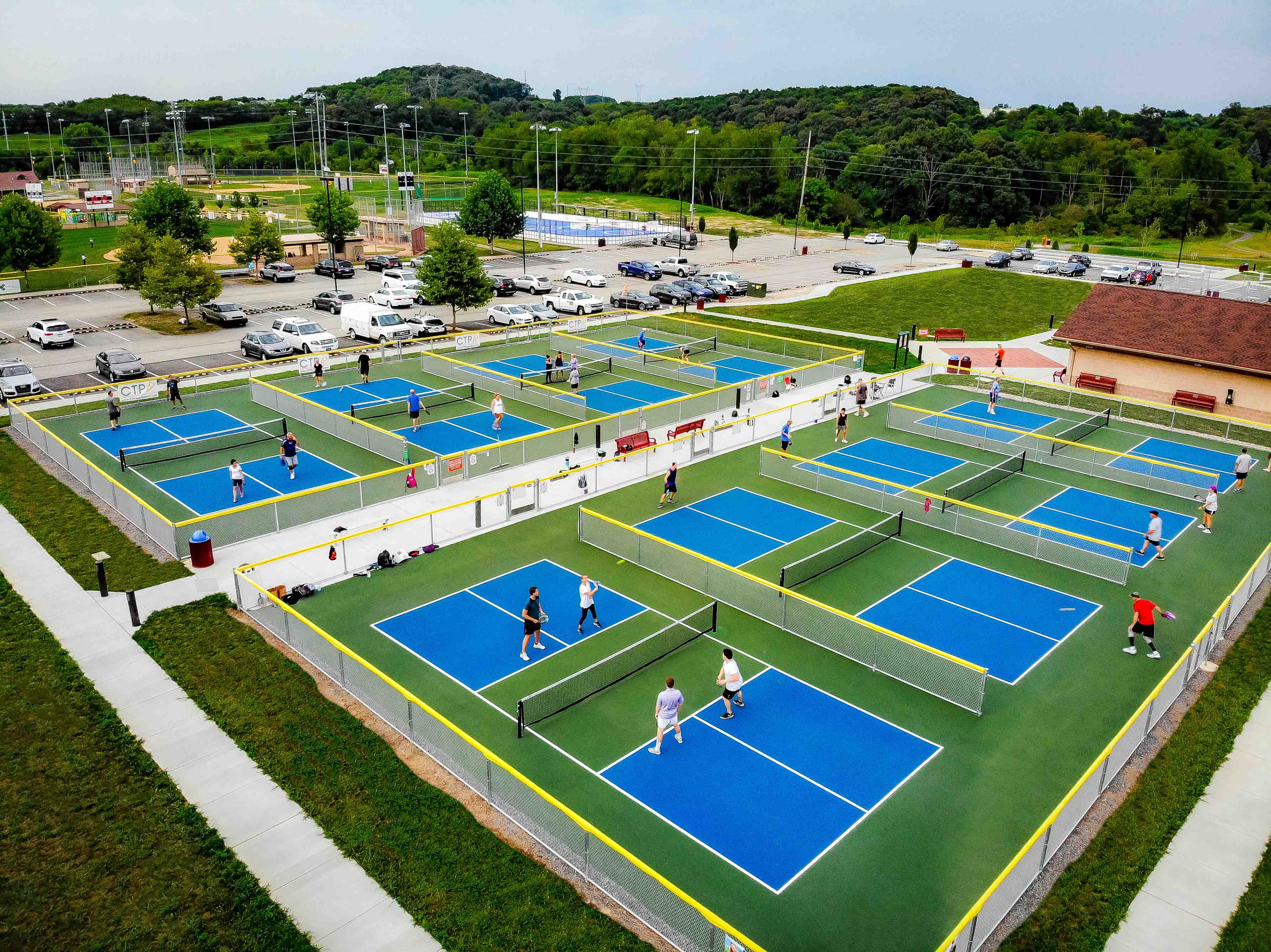 PB courts and players
